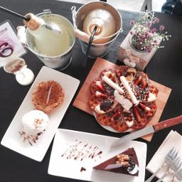 icecream waffle applepie dessert lightbulb