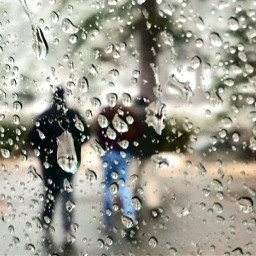 rain raindroplets people