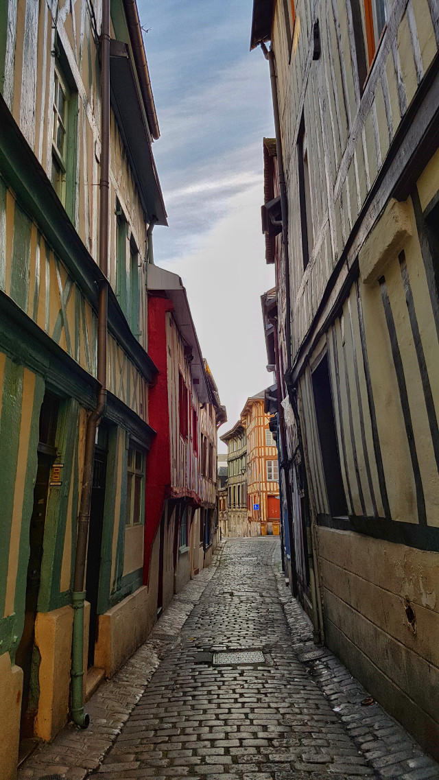 #colorful #colorsplash #emotions #cute #freetoedit #hdr #photography #summer #travel #sky #architecture #france