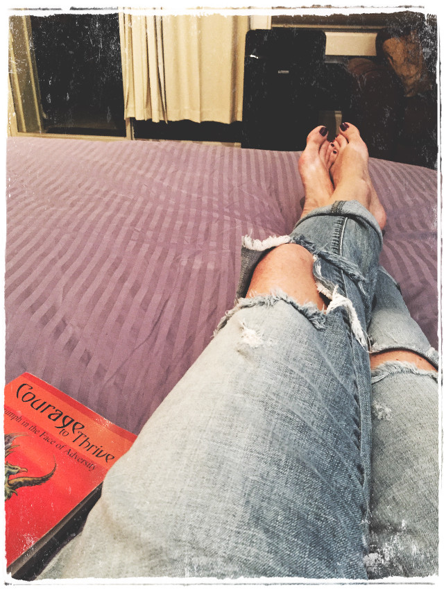 Chillin. #chillin #jeans #rippedjeans #bluejeans #rehab